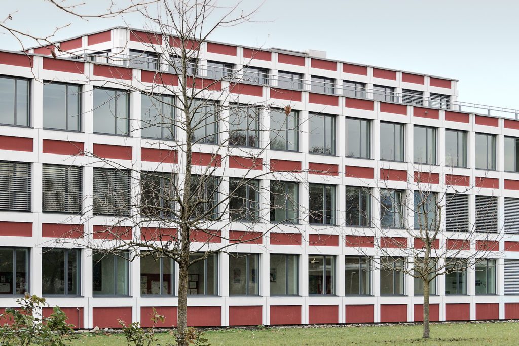 Kantonsschule Reussbühl - Ansicht West - Wandeler, Max-Milian - 1970 - Littau