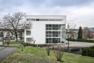Gemeindehaus - Ansicht Ost - Meletta Strebel Zangger - 1991 - Dierikon