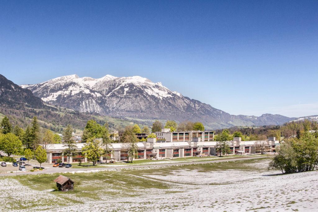 Ehem. Sonderschulheim - Ansicht Südost - Steinegger Steinegger - 1976 - Flüeli-Ranft