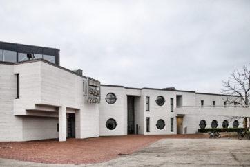Kirchenzentrum - Ansicht Nordost - Gisel, Ernst - 1981 - Steinhausen