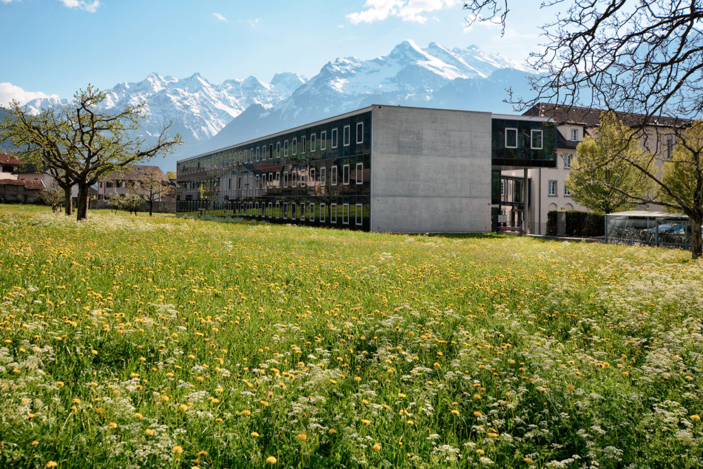 Kantonale Verwaltung - Ansicht Nordost - HTS Architekten Partner AG - 1996 - Altdorf