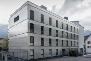 Wohn- und Geschäftshaus - Ansicht West - Germann Achermann - 1999 - Altdorf