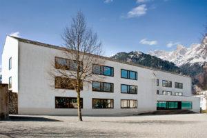 6460.10c_Schulhaus St.Karl