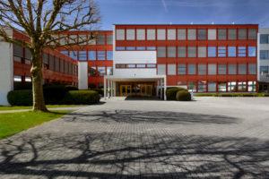 8854.03a_Mittelpunktschule