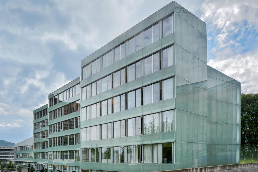 Frauenklinik - Ansicht Nordwest - Marques Zurkirchen AG, Marques AG - 2001 - Luzern