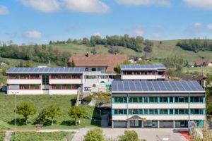 6147.01a_Schulhaus