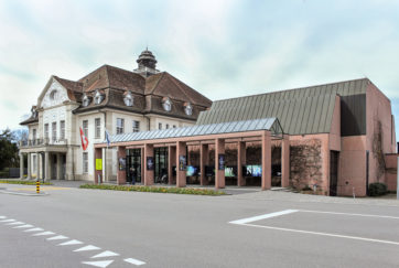 Theater Casino - Ansicht Nordost - Ammann Baumann - 1981 - Zug