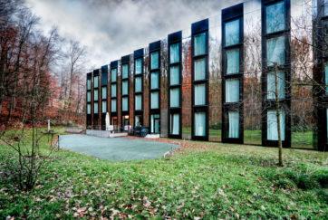 Hotel City Garden - Ansicht Nordost - EM2N Architekten - 2009 - Zug