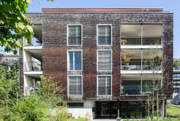 Wohnsiedlung Bachmatt - Ansicht West - Metron Architektur AG - 2003 - Schwyz