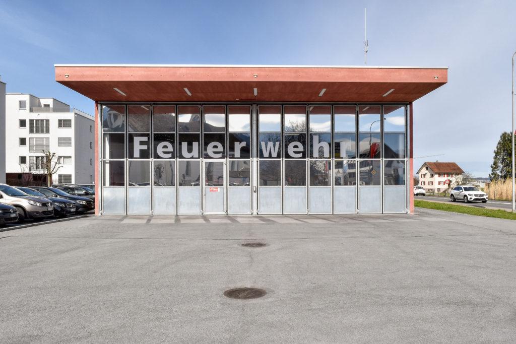 Feuerwehrdepot und Werkhof - Ansicht Südost - Hornberger Architekten AG - 2011 - Galgenen