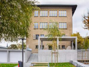 6022.10c_Meili_Schulhaus