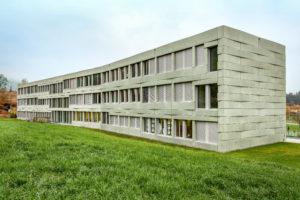6037.01a_Schulhaus
