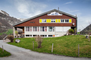 8783.01a_Schulhaus Auen