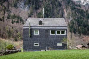 8783.01d_Schulhaus Auen