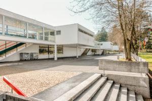 2504.01d_Schulhaus_Battenberg
