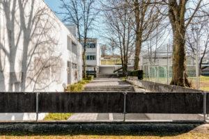 2504.01i_Schulhaus_Battenberg