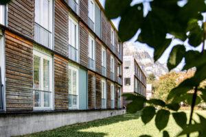 8750.07f_Glarus_Alterswohnen_im_Volksgarten