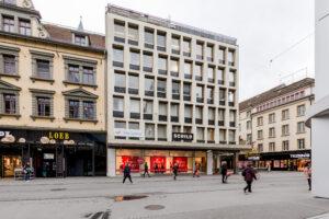 2502.09e_Geschäftshaus_Publicitas